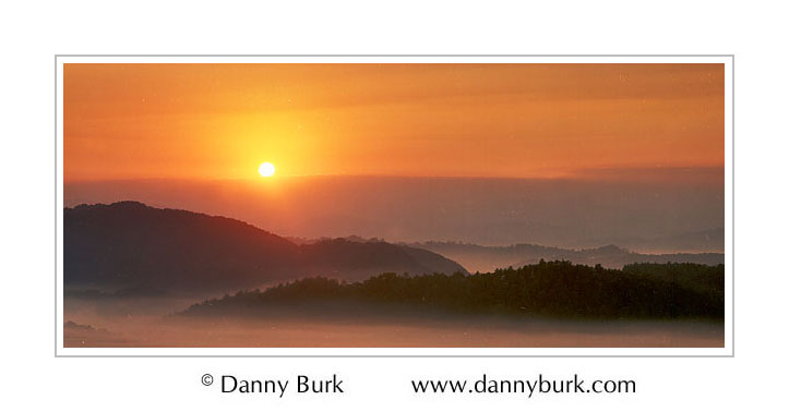Picture: Sunrise panorama, Foothills Parkway, Great Smoky Mountains National Park, Tennessee - Panorama