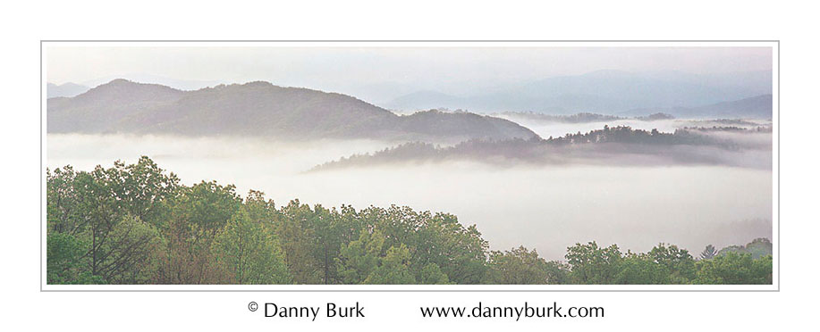 Picture: Foothills Parkway in fog, Great Smoky Mountains National Park, Tennessee - Panorama