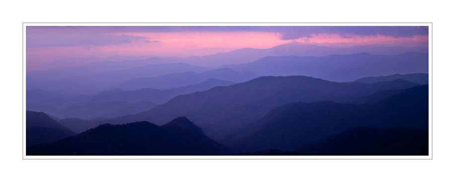 Picture: Woollyback Overlook, Blue Ridge Parkway, North Carolina - Panorama