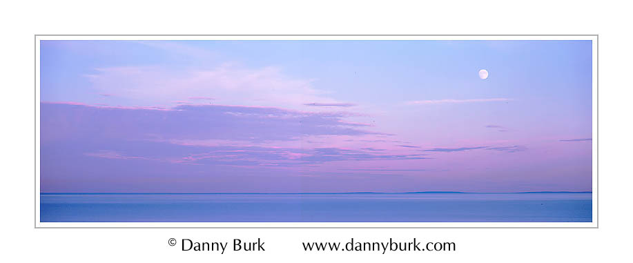 Picture: Moonrise panorama, Lake Superior from Palisade Head, Tettegouche State Park, Minnesota