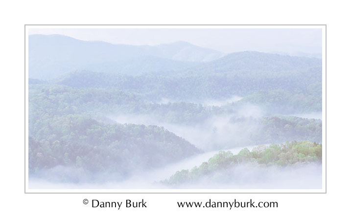 Picture: Foothills Parkway in fog, Great Smoky Mountains National Park, Tennessee