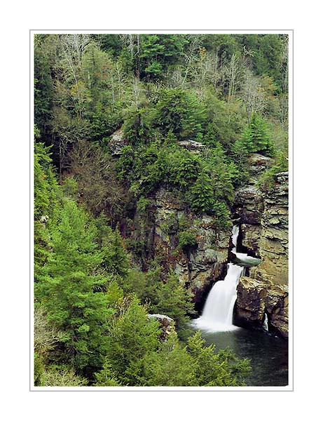 Picture: Linville Falls, Blue Ridge Parkway, North Carolina